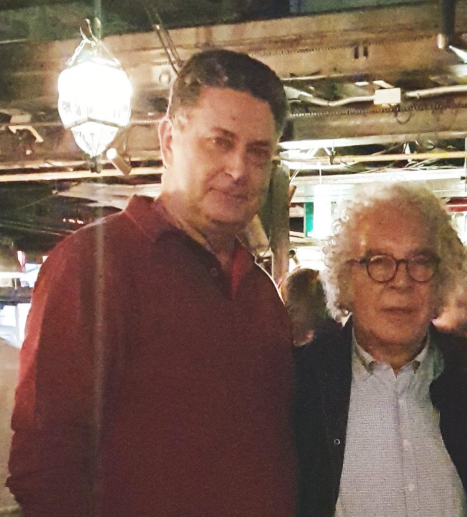 Rogério Fuchs compartilha experiências com Prof. Jacques Caton no Simpósio Internacional de Artroplastia em Bogotá