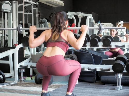 Atividade física intensa e sem acompanhamento pode causar lesões no quadril, alerta ortopedista