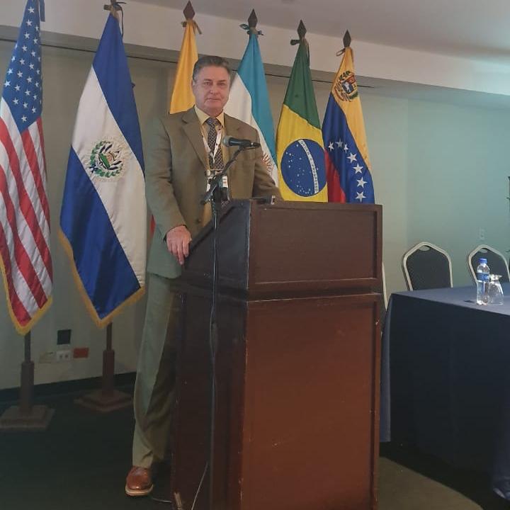 Dr. Rogério Fuchs participa do XV Congresso Salvadorenho de Ortopedia